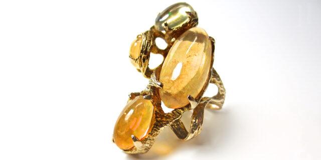 世界 は 欲しい モノ に あふれ てる 宝石 「三浦春馬vsJUJU」 世界はほしいモノにあふれてる